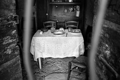 Interior of an old country house (Roberto Spagnoli) Tags: cucina kitchen biancoenero blackandwhite tablecloth window monocromo house fujix100t campo italy