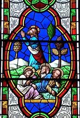 Bibury, Gloucestershire - St Mary's Church - Stained Glass (Glass Angel) Tags: bibury gloucestershire stainedglasswindow stmaryschurch gethsemane thomaswillement