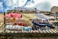 Cliché Italien. (virginiefort) Tags: 2018 d3200 ercolano italia italie balcon campania linge nikon tamron