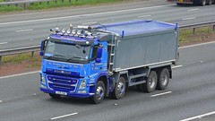 LC10 GAC (panmanstan) Tags: volvo fm wagon truck lorry commercial rigid bulk freight tipper transport haulage vehicle a1m fairburn yorkshire