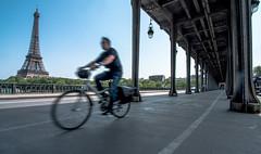 La dame de fer (Tour Eiffel) - Pont Bir Hakeim - Paris (valecomte20) Tags: pont ladamedefer toureiffel seine bridge birhakeim paris nikon d5500