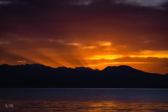 2018 Short before Sunrise (jeho75) Tags: sony ilce 7m2 minolta mc rokkor sonnenaufgang sunrise lago di garda italien italy italia sunbeams sonnenstrahlen