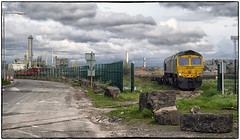 Behind the Fence (Welsh Gold) Tags: 66572 4z71 barry docks tilbury intermodal train dow corning plant bomar quest chemical tanker barrydockssouthwales