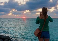 IMG_5718_you think she's missing arms. (lada/photo) Tags: sunset takingphotos ladaphoto venicefljetty gulfofmexico