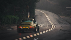 Singer in the rain. (AaronChungPhoto) Tags: porsche 911 964 singer reimagin classic classiccar car hongkong sheko shekoroad