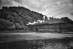 Bullay Rhineland-Palatinate Germany 1st May 2018 (loose_grip_99) Tags: rhinelandpalatinate germany deutschland dampf bullay spektakel river mosel bridge steam engine lok locomotive railway railroad rail train blackwhite noiretblanc transportation preservation mainline gassteam trains railways may 2018 dr class 5280 2100 81548