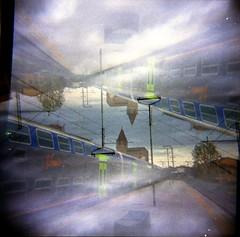 [Holga e le Sue Sorelle] Stazione di Prato Porta Ferraglio F.s. (Urca) Tags: holgalomo1201804210008prato prato italia 2018 holga lomo doppiaesposizione doubleexposure analog analogico 120 6x6 square medium multi film filmisnotdead toycamera