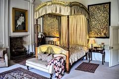 Nunnington Hall - Mrs Fife's Bedroom (Paul Thackray) Tags: yorkshire northyorkshire ryedale nunningtonhall nationaltrust mrsfifesbedroom 2018