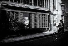 DSCF5283-Modifier (christiandumont) Tags: streetphotography street streetlife rue noiretblanc nb bw photoderue x100f fujifilm blackandwhite paris bike blackwhite