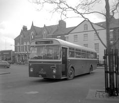 Clynnog & Trefor, 1975. (Renown) Tags: bus coach singledecker aec reliance 2mu3ra ah470 marshall clynnogtrevor caernarfon northwales busstation cityofoxford 774njo