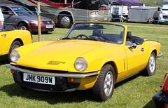 JMK 909W (Nivek.Old.Gold) Tags: 1980 triumph spitfire 1500