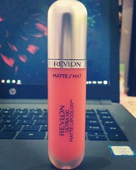 kinda have a love-hate relationship with this shade 😒 #revlon#620hdflirtation