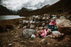 Los andes y sus secretos (Jose Carmelo Fotografía) Tags: huaraz peru andes mountains girl montaña landscape vintage nikon wanderlust