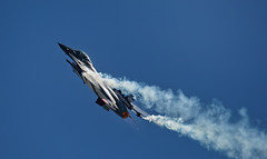 F-16 Fighting Falcon (Nickerzzzzz - Thanks for stopping by :)) Tags: ©nickudy nickerzzzzz theartofphotography wwwdigittaliacom canon5d3 ef100400mmf4556lisiiusm rnasyeovilton airday 2018 aviation plane jet flight wing fighter aircraft f16fightingfalcon thebelgianaircomponent belgianarmedforces 5d31284