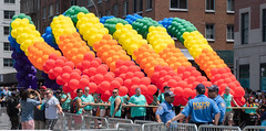 Balloon Arch (vpickering) Tags: 2018 balloons newyorkcity themarch pride ny nyc newyork pridemarch balloon