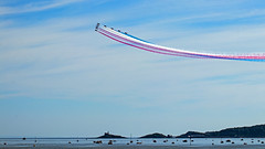 Red Arrows Over Mumbles (EVO GT) Tags: canoneos80d canon80d tamronspaf70300f456divc wales southwales swansea swanseabay mumblesgower mumbles themumbles redarrows swanseaairshow