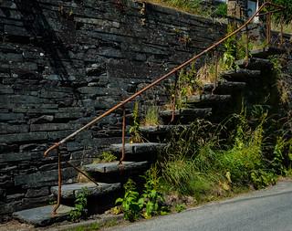Station access steps, Aberllefenni
