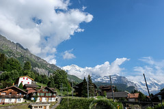 Wengen, Swiss Alps (Nadialeesi) Tags: wengen switzerland svizzera alps swissalps beauty mountains montagne fujifilm fujifilmxt20 travel beauté fujixt20 travelphotography xt20 fujilovers spring springtime europe naturallight nature naturalbeauty sky sun sunlight june 2018 green bluesky clouds clear flowers snow