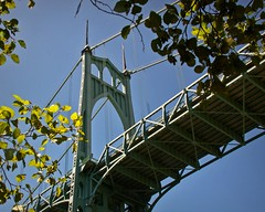 Saint Johns tower detail 7 14 2018 (rbdal (Rick Dalrymple)) Tags: davidbsteinman saintjohnsbridge stjohnsbridge 1931 cathedralpark citypark park suspensionbridge historicbridge bridge suspensioncabletowers architecture bridgearchitecture cathedrallikedesign cathedralarch architecturalattraction summer portland multnomahcounty oregon d7000 nikon bridgephotography