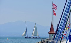 La Neptune sous voiles (Diegojack) Tags: morges vaud suisse d7200 nikon nikonpassion manifestation voiles latines port ancien bateaux barques tourelles entrée neptune groupenuagesetciel fabuleuse