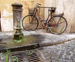 Rome Street Scene (RedRipper24) Tags: italy italy2018 bicycle waterfountain streetinrome water sidewalk sidwalkandbike fountain cobblestone romeitaly italytrip