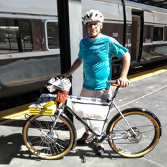 Met Alan(?) on train 504. He's spending the night in Seattle, then going up to Bellingham to meet other folks. Then he's biking south to Seattle via Whidbey and Port Townsend. Hope he has a great time! #biketouring #biketour #ualpugetsoundtourjuly2018 (urbanadventureleaguepdx) Tags: biketour biketouring ualpugetsoundtourjuly2018