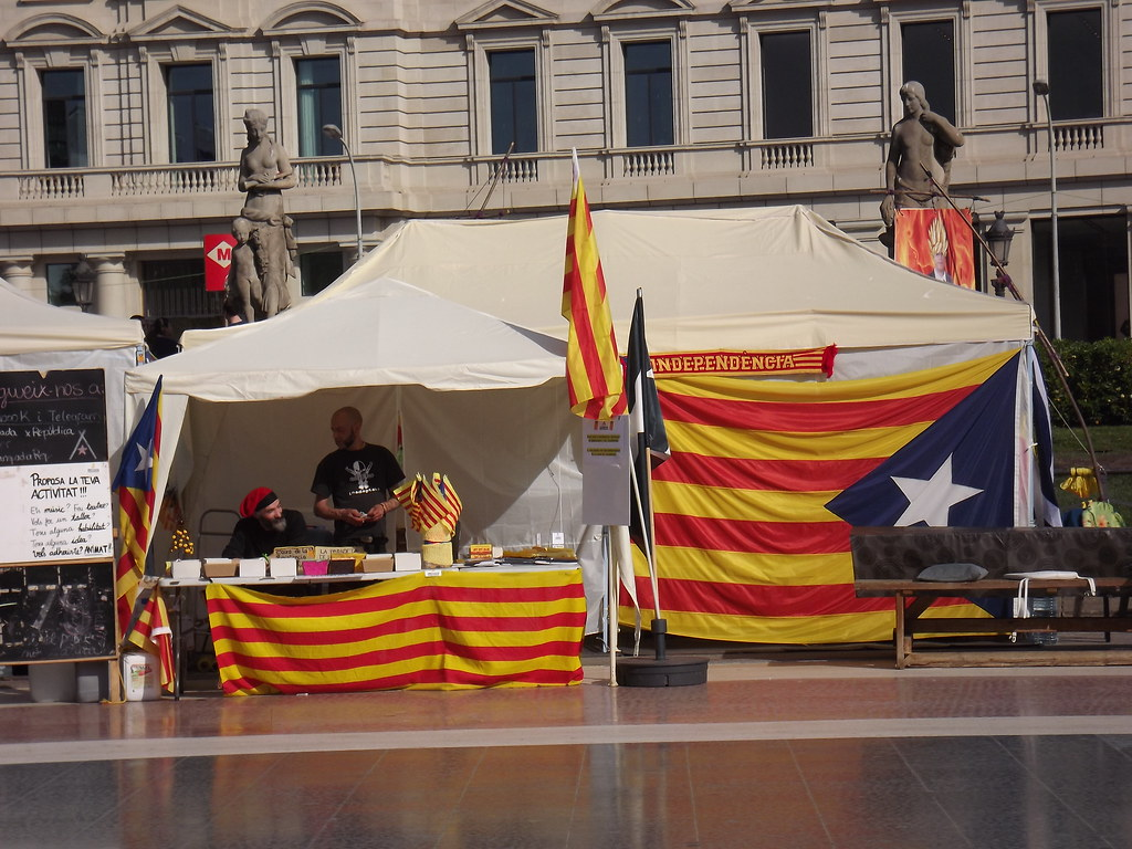 une performance supérieure prix attractif vente la moins chère The World's Best Photos of catalogne and drapeau - Flickr ...