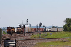 UP 5334 (CC 8039) Tags: up bnsf trains es44ac ac44cw sd70m sauget illinois