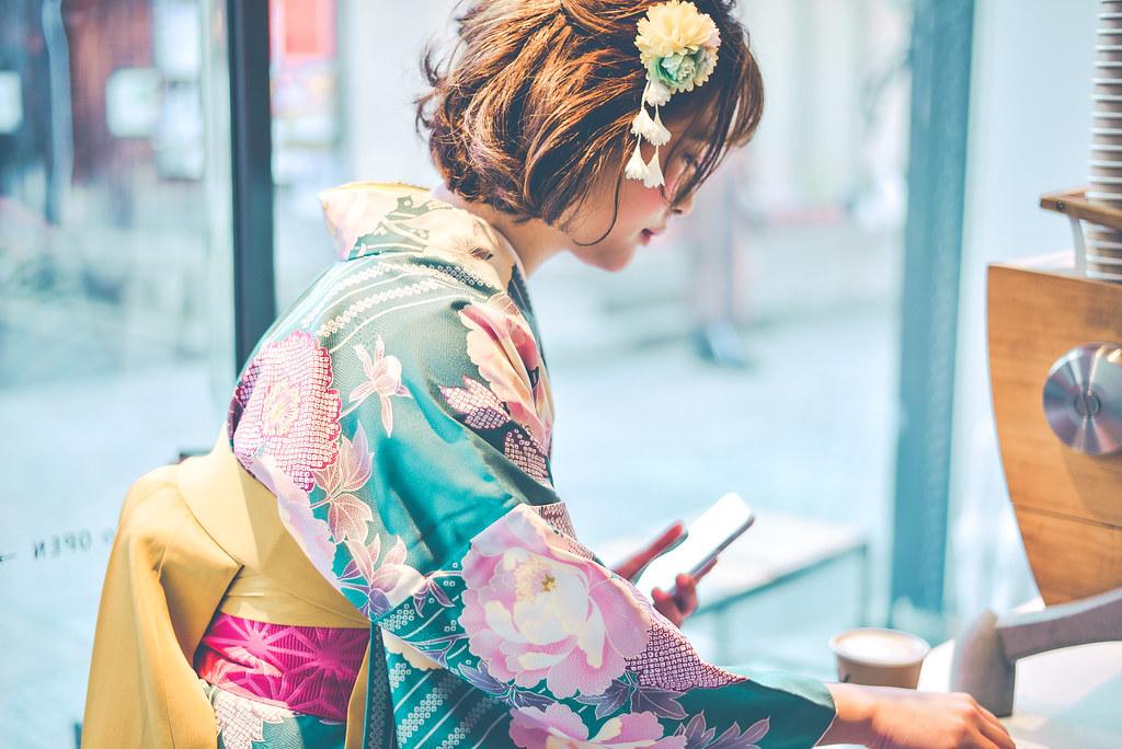 walking around kyoto in kimono-1-38