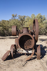 Front-on View of the Traction Engine (oz_lightning) Tags: australia canon6d canonef1635mmf4lis dunlopstation nsw westerndivision agriculture decay disused outback rural wreck louth newsouthwales aus