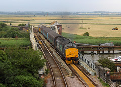 Reedham Swing Bridge (Treflyn) Tags: classic traction location drs class 374 37 growler tractor 37405 0747 lowestoft norwich service reedham swing bridge norfolk