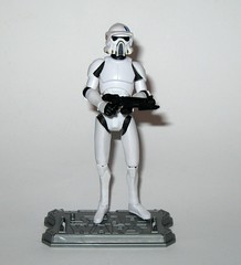 arf trooper star wars the clone wars cw18 blue black packaging basic action figures 2010 hasbro 3h (tjparkside) Tags: arf trooper troopers star wars clone blue black packaging card cardback cw18 cw 18 2010 hasbro basic action figure figures soldier republic army display stand base galactic battle game advanced reconaissance fighter fighters atrt rt all terrain recon transport blaster pistol rifle weapon weapons chaingun projectile missile tcw