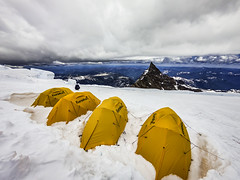 RainierClimb_ingraham_camp