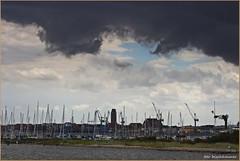 Wetter über Wismar (der bischheimer) Tags: wolken wismar ostsee baltic mecklenburgvorpommern boot canon derbischheimer