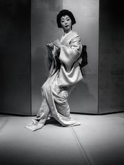 The Geiko Dancer (Rekishi no Tabi) Tags: gion geiko geisha geigi kosen japan kyoto kimono monochrome leica
