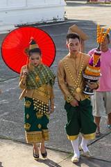 Laoský modeling (zcesty) Tags: laos3 domorodci luangprabang laos dosvěta luangprabangprovince la