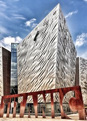 Titanic Museum, Belfast - Northern Ireland (Livio Saule) Tags: titanic irlanda nave boat museum museo travel sea cruiser crociera mare architecture architettura