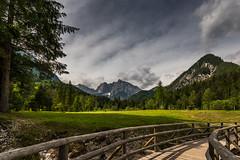 The path into the mountains (hjuengst) Tags: jezerojasna jasnasee lakejasna slowenien slovenia mountains berge julischealpen clouds wolken path weg julianalps triglavnationalpark kranjskagora