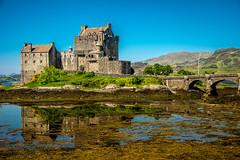 Eilean Donan (Tony Shertila) Tags: eileandonancastle lochduich scotland britain castle europe loch water unitedkingdom thelooklevel1red