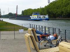 Enjoy the moment... (libra1054) Tags: kanal canal canale ruhe rest repose descanse riposo descansar oberhausen outdoor
