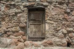PORTA (Catalunya, juny de 2018) (perfectdayjosep) Tags: elbages muracatalunya catalunya catalogne catalonia katalonien mura porta door