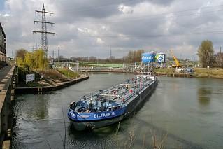 03_2007_03_19_Gelsenkirchen_Hafen_Rhein_Herne_Kanal_Einparkmanöver