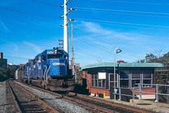 Valley Junction Tower (douglilly) Tags: conrail valleyjunction reading sd402