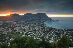 Mondello Sunset (hapulcu) Tags: erice italia italie italien italy mediterranean mondello palermo sicile sicilia sicily sizilien primavera printemps spring