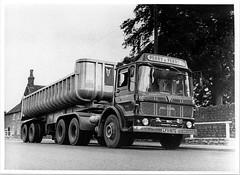 Mammoth Major 6, LFX 197G (ergomammoth) Tags: lorry lorries truck trucks hgv commercialvehicle aec aecmammothmajor mammothmajor6 tg6rb 6x4artic articulated av760diesel ergomatic tiltcab aecltdsouthall britishleyland perryperryltd haulagecontractors transportcontractors roadhaulage cranefruehauftippingtrailer beaminster dorset