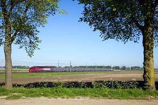 SNCF TGV PBKA 4332 - THA 9322 Amsterdam Centraal - Paris Nord  - 's Gravendeel