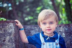 Deep blue sea (Luis Timoteo) Tags: blue sea eyes look nikon tamron children kids kidsphoto kidsphotography portugal