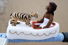Life Of Pi (Glass Horse 2017) Tags: saltburn huntcliff sys saltburnyarnstormers yarnbombing knitted crochet wool pier beach figures characters books ajollygoodread 2018 lifeofpi yannmartel novel tiger richardparker boat