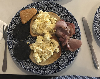 A variation on a Weatherspoons Breakfast .