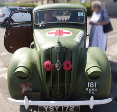 Morris Eight Series E (1948)c (andreboeni) Tags: classic car automobile cars automobiles voitures autos automobili classique voiture rétro retro auto oldtimer klassik classica classico morris eight seriese military surgeon redcross morris8 ysy171 m577280 ramc fa 181